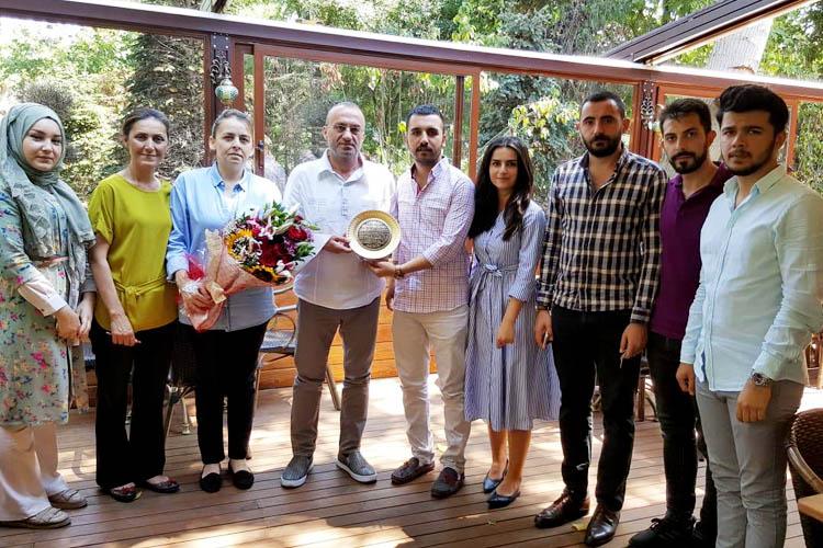 AK Partili Gençler, şehit ailelerini ziyaret etti