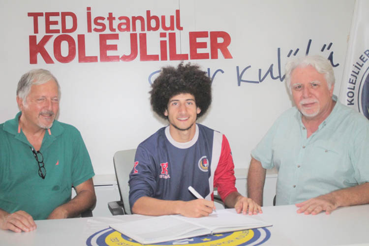 TED İstanbul Koleji'nde imzalar peş peşe geldi