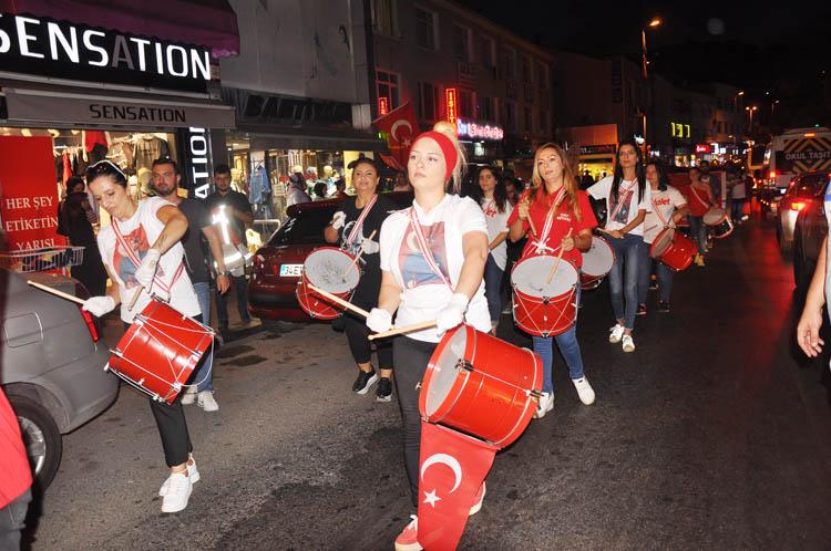 CHP Beykoz'da kortej geleneği sürüyor