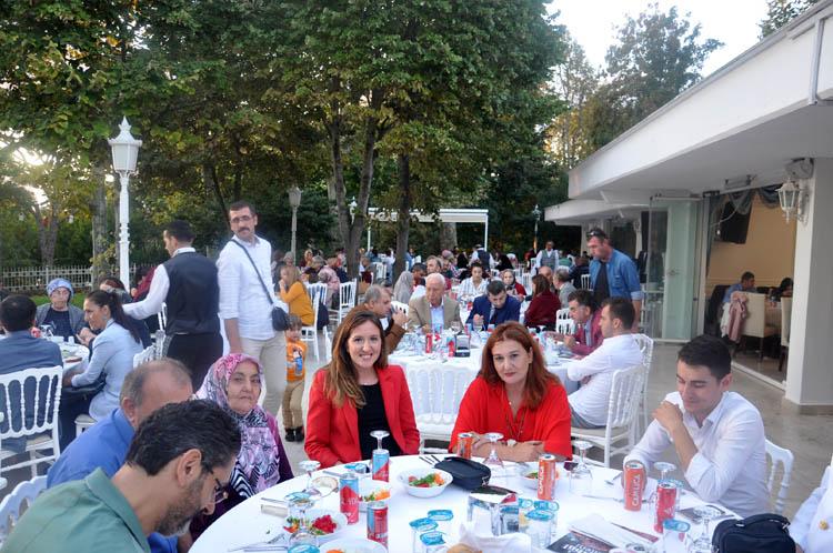 Beykozlu Gaziler, akşam yemeğinde toplandı