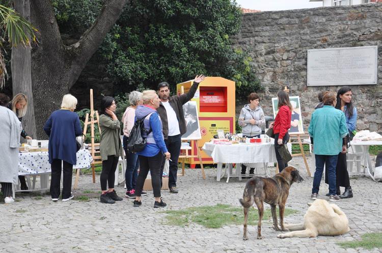 Patika'dan Beykoz'da hayvanlara yardım kermesi