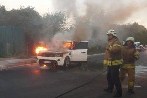 Beykoz Acarlar Mahallesi'nde araç yangını