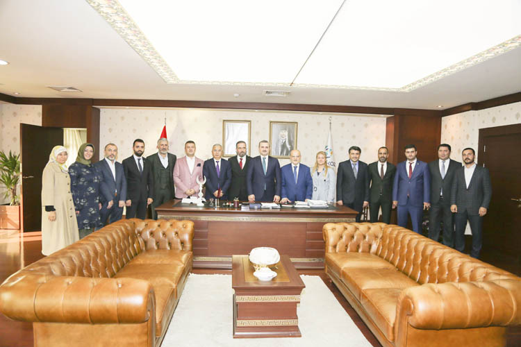 AK Parti İl Başkanı Şenocak Beykoz'u ziyaret etti