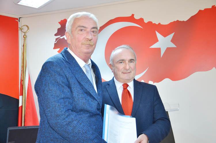 Coşkun Tosun, CHP'den aday adayı oldu