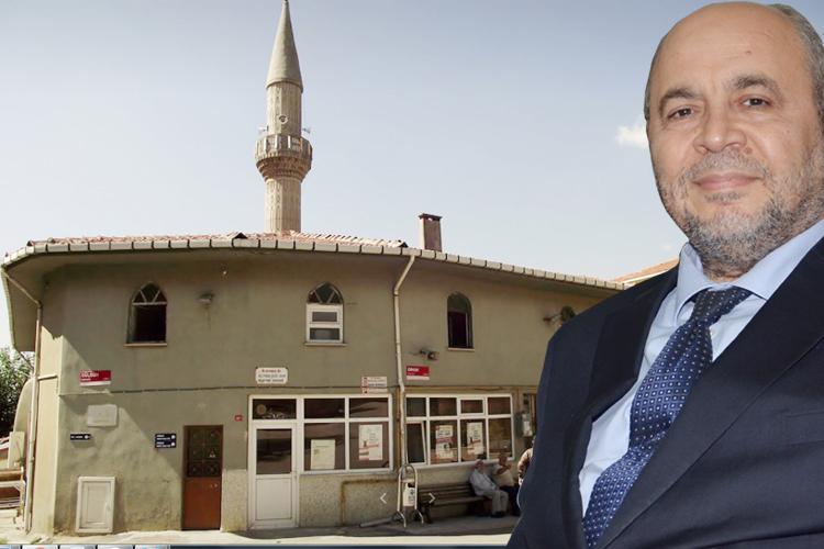 Süleyman Çelebi Camii için kolları sıvayan iş adamı