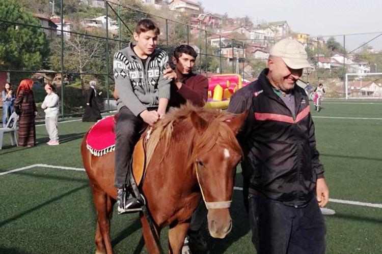 Rüzgarlıbahçe Spor Kulübü yine alkışı hak etti