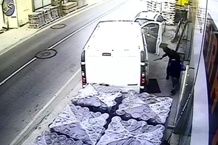Beykoz'da 40 bin liralık hırsızlık kamerada