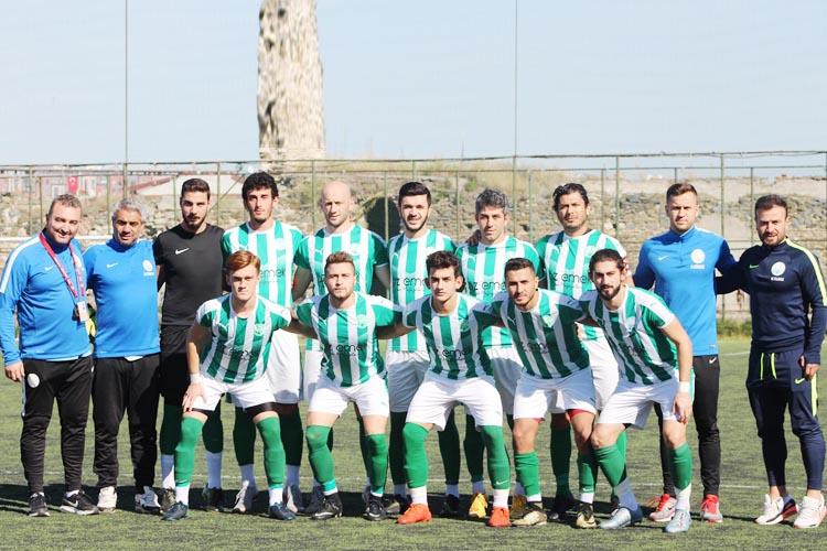 Beykoz'un ilk yarıdaki başarılı ekibi Kavacıkspor