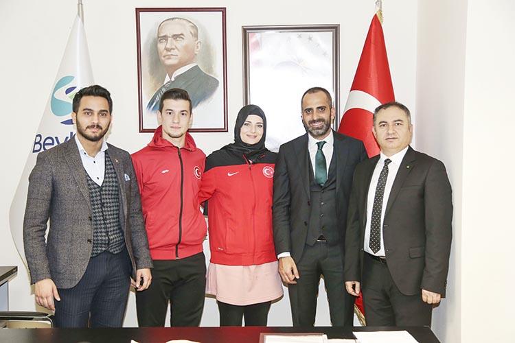Şampiyonlardan Beykoz Belediyesi'ne ziyaret