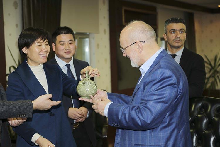 Çin Tongchuan'dan Başkan Çelikbilek'e ziyaret