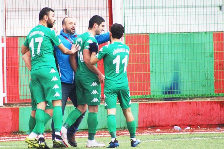 Gümüşsuyuspor'un anlamlı Dikilitaş galibiyeti