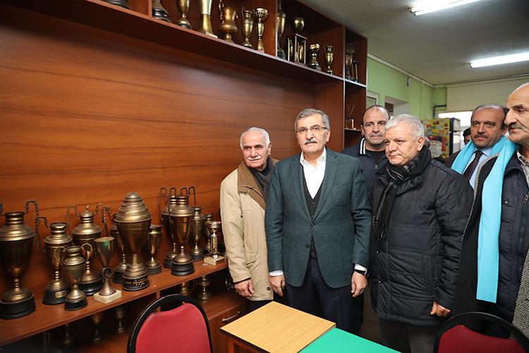 Murat Aydın'a Beykoz esnafından destek sözü