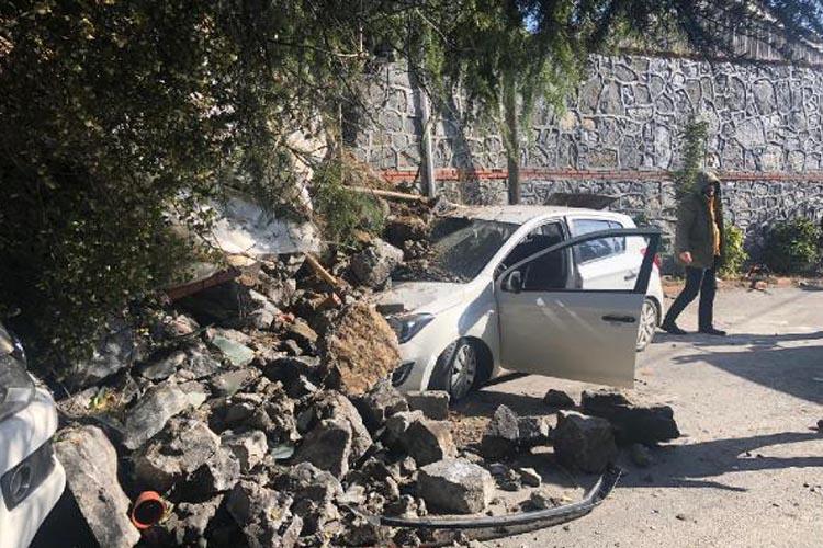 Beykoz'da bir duvar çökmesi de Çavuşbaşı'nda