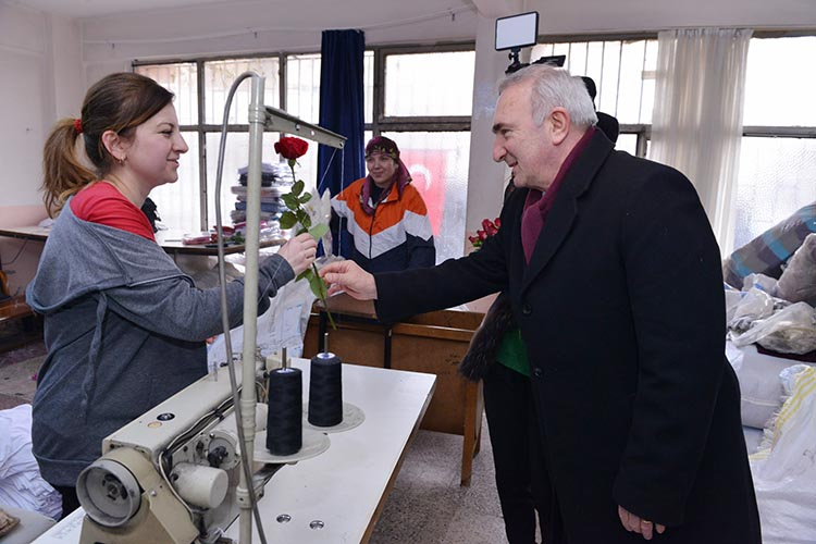 CHP Beykoz adayından tekstil emekçilerine ziyaret