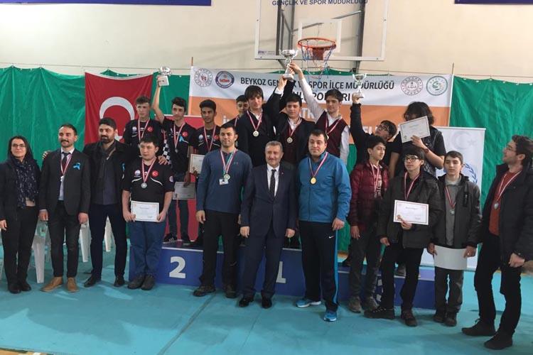 Beykoz'da satranç şenliğine 208 öğrenci katıldı
