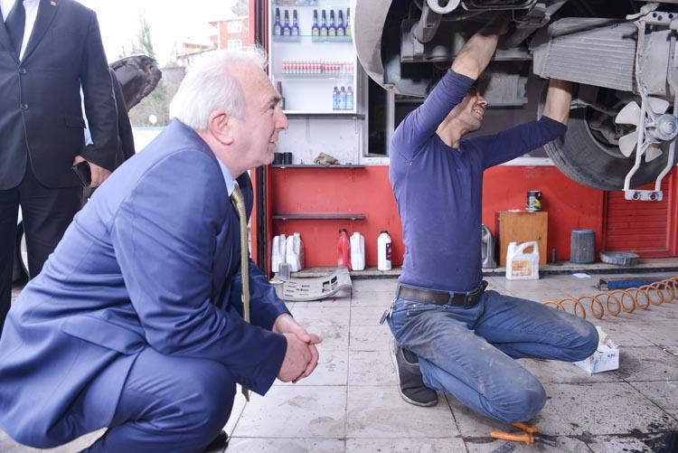 Coşkun Tosun, Beykoz'da oto tamircilerini dinledi