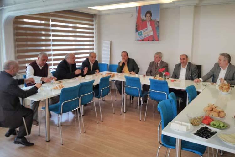 Eski MHP'lilerden Murat Miniç'e destek