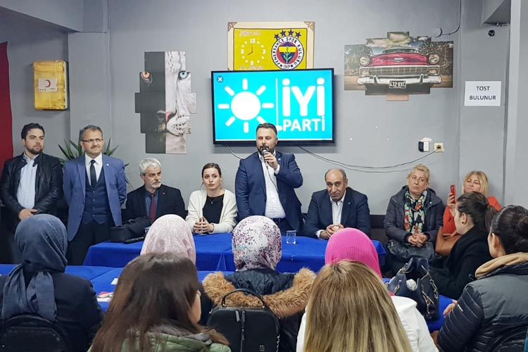 Murat Miniç'ten Çiğdem'de istiklal vurgusu