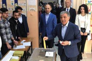Abdullah Gül vatandaşlık görevini Beykoz'da yaptı