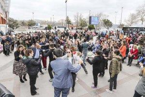 Beykoz'da mavi balonlar otizmli çocuklar için uçtu