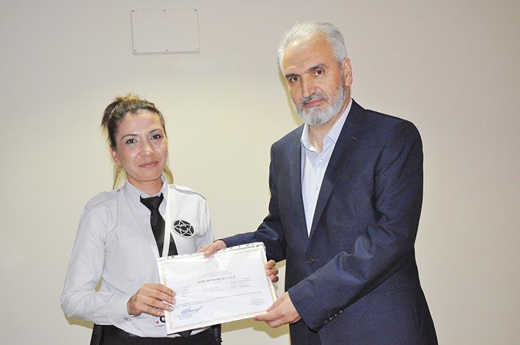 Beykoz'da işaret dili eğitiminin ilk etabı tamamlandı