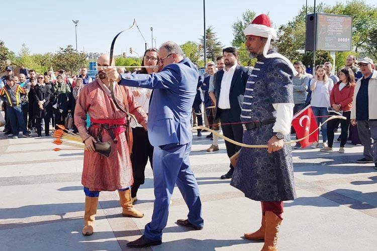 Beykoz'da Ruz-ı Hızır Geleneksel Okçuluk Şenliği başladı