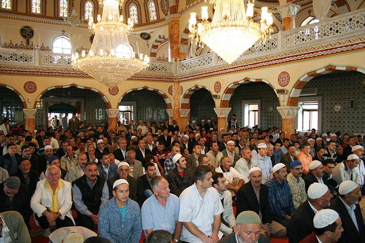 Beykoz'da hangi camilerde hatimle teravih kılınacak?