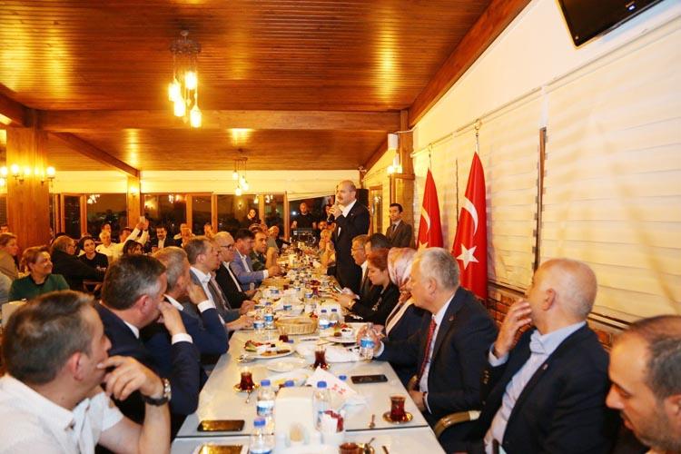 Süleyman Soylu sahur yemeğini de Beykoz'da yedi