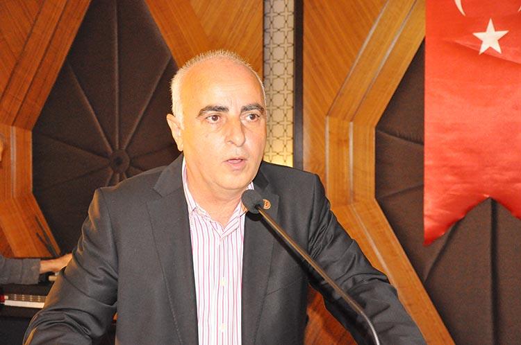 Beykozspor'da kongre... Zeki Aksu yola devam