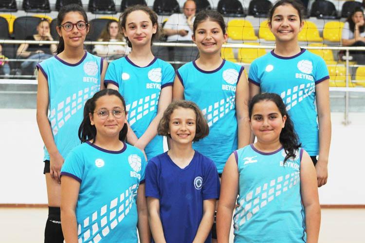 Beykoz Belediyespor geleceğin yıldızlarını bekliyor