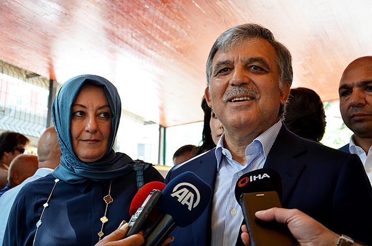 Abdullah ve Hayrunnisa Gül çifti Beykoz'da oy kullandı