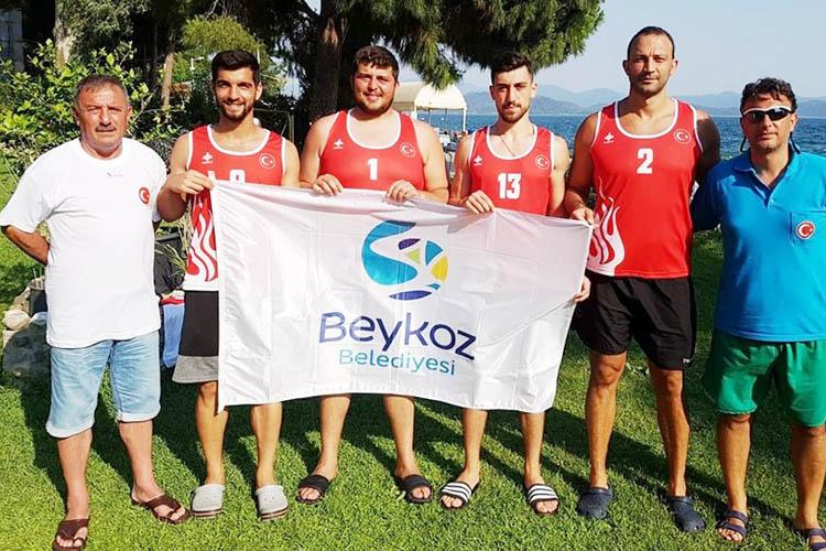 Hentbol Milli Takımına Beykoz'dan sürpriz ziyaret