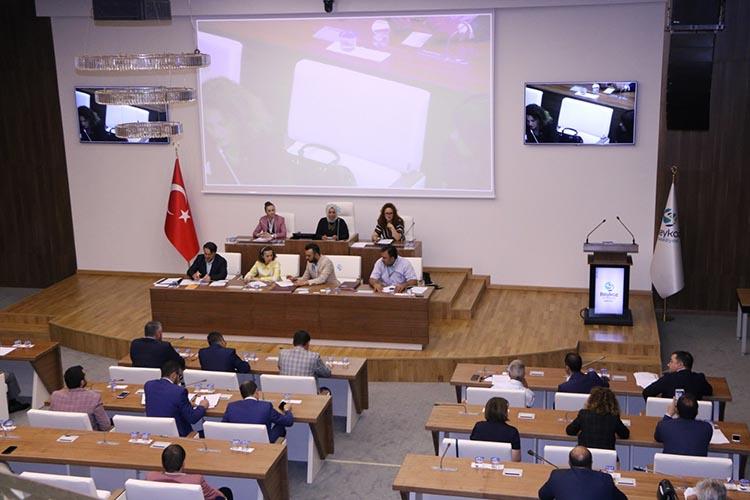 Beykoz Belediye Meclisi resmi tatile girdi