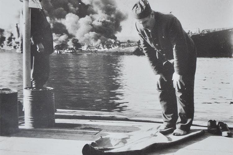 Beykoz açıklarındaki en büyük gemi yangını