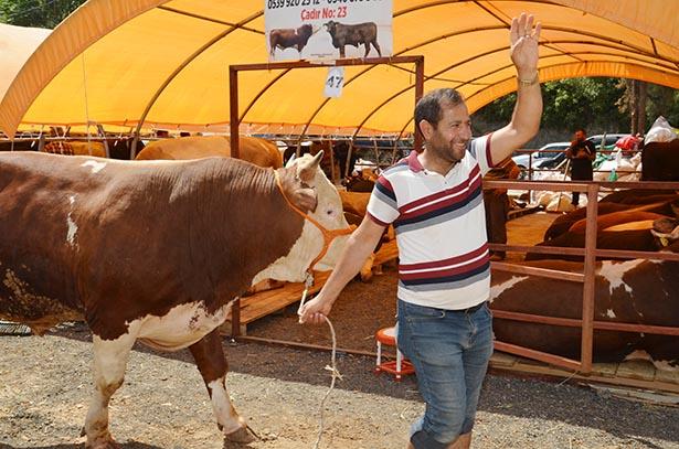 Canlı hayvanın kilosu 26 lira olarak belirlenirken, vatandaşı ise bu fiyatı yüksek buluyor