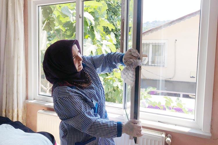 Beykoz Belediyesi'nden yaşlılara temizlik desteği