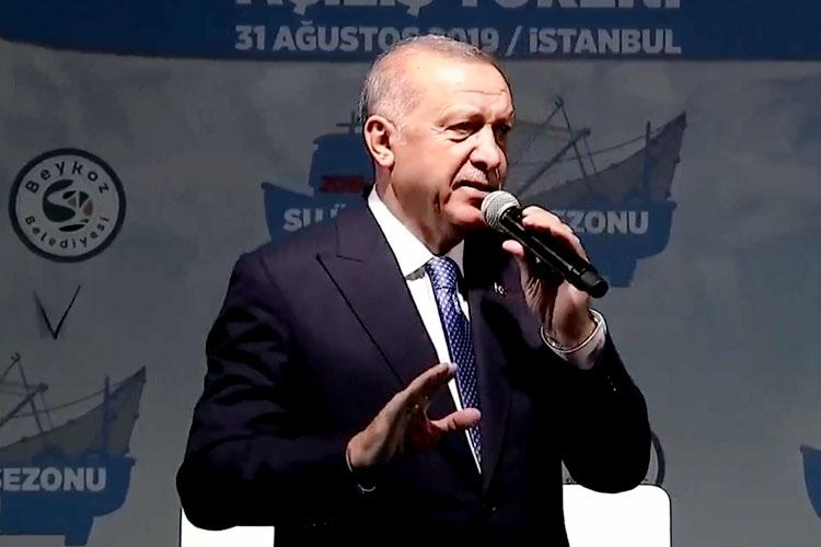 Erdoğan, balıkçıları Beykoz'dan yolcu etti