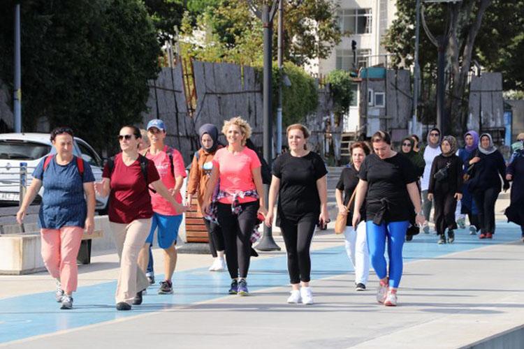 Beykozlu kadınlar sağlıklı yaşam için yürüyor