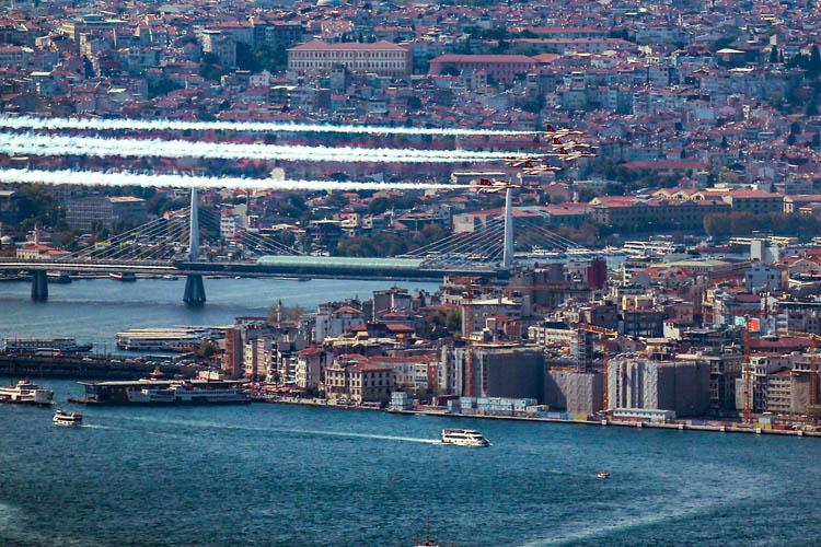 Türk Yıldızları, Beykoz semalarında parladı