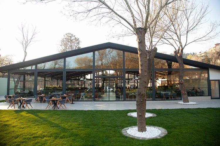 Beykoz'daki kaçak kafeteryayı meşrulaştırma çabaları