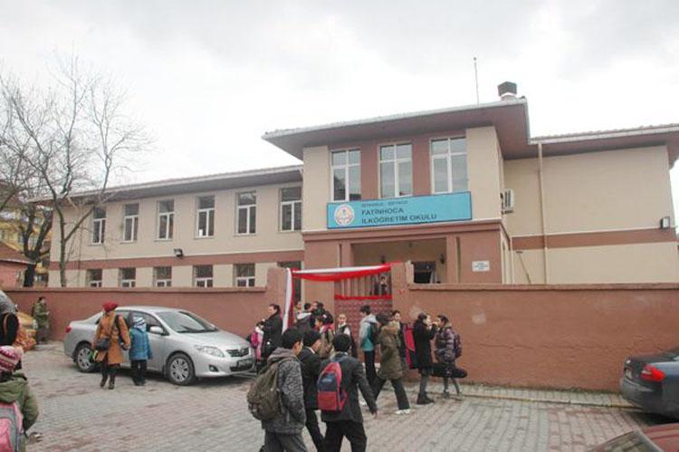 Beykoz'da o okul hasarlı çıktı, Pazartesi tatil