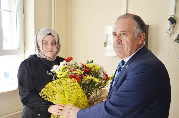 Beykoz'da darp edilen sağlıkçıya ziyaret
