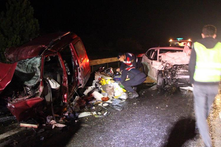 Beykozlu aile trafik kazasında hayatını kaybetti