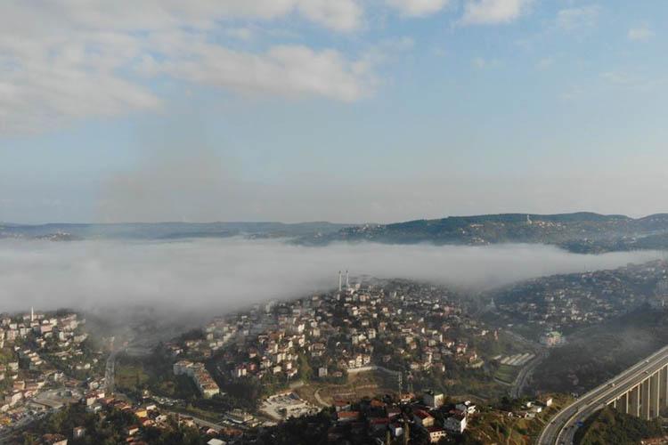 Beykoz sisli sabaha uyandı, Boğaz trafiği durdu