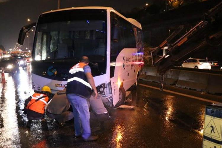 Beykoz Belediyesi personel servisi kaza yaptı