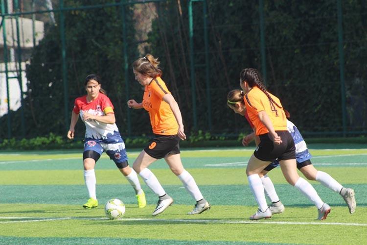 Rüzgarlıbahçe kızları 3 golle 3 puan aldı