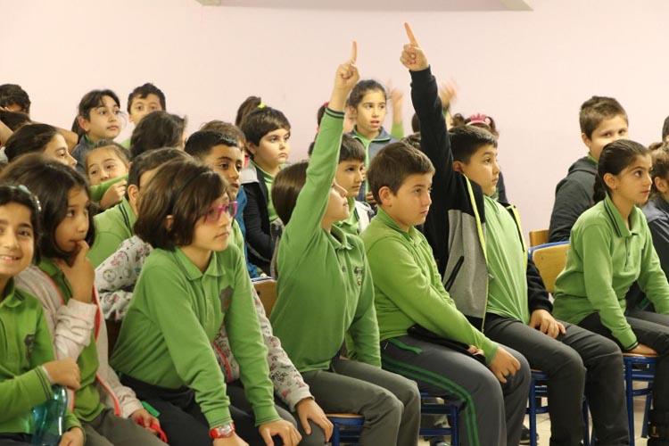 Beykoz'da öğrencilere geri dönüşüm eğitimi veriliyor