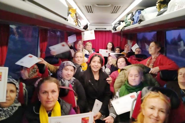Beykoz'un kadınları miting için Kastamonu yolunda