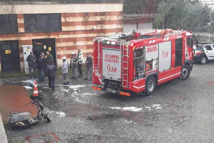 Beykoz'da otoparkın içindeki araç alev aldı