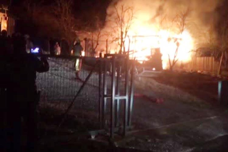 Mahmutşevketpaşa'da çiftlik yangını. Hayvanlar kurtarıldı